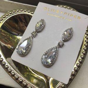 Olive + Piper water drop drape earrings